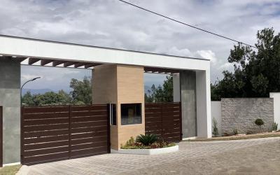 Puembo - Terreno bifamiliar 1137 m2 urbanización privada